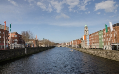 River that runs through the city center of Dublin