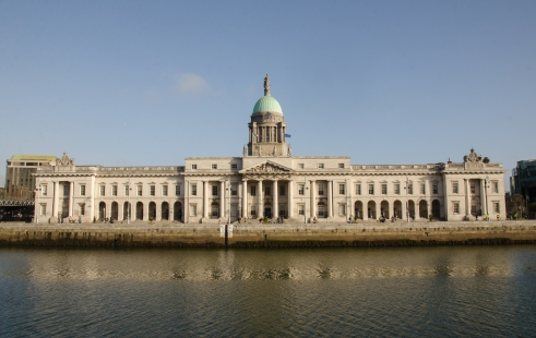 At river Liffey is a neoclassical 18th century building in Dublin